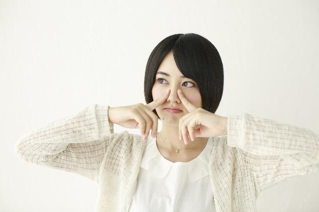 鼻筋を通す器具で人気の商品4つ♪口コミも紹介!